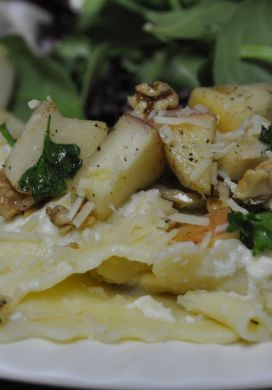 Ravioli with Apples and Walnuts