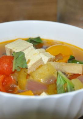 Hot-Sweet-Sour Soup with Tofu and Pineapple