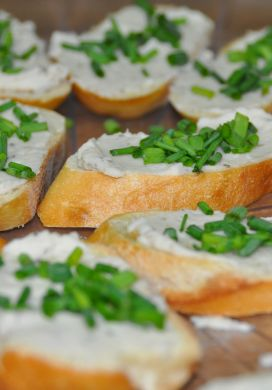 Crostini with White Bean Spread
