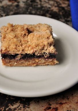 Oatmeal Streusel Blueberry Jam Bars