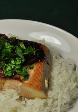 Seared Salmon with Green Onions and Ginger