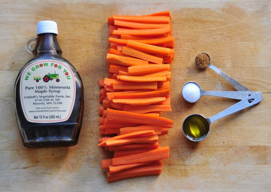 Spicy Maple Roasted Carrots Ingredients