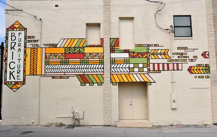 Frank Lloyd Wright-inspired mural, Mason City, Iowa