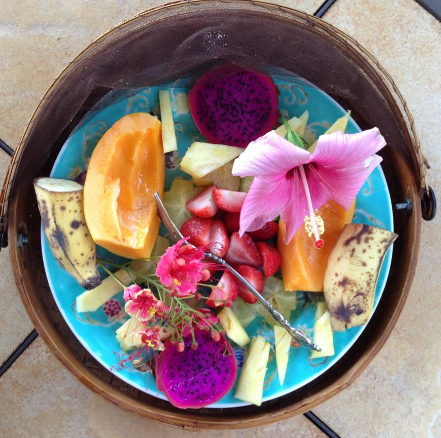 Platter of tropical fruit, Ocean Breeze Hideaway, Kihei, Maui