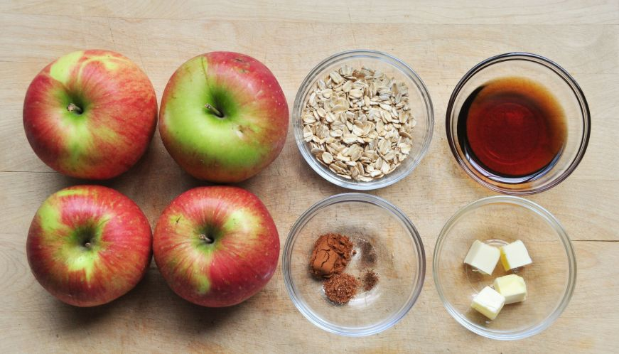 Baked Apples with Oatmeal and Brown Sugar Ingredients
