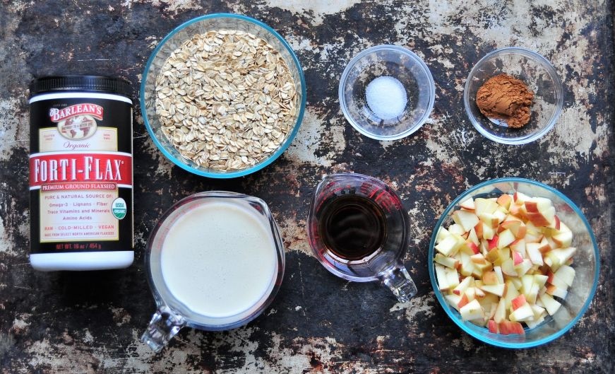 Vegan Apple Cinnamon Baked Oatmeal Ingredients