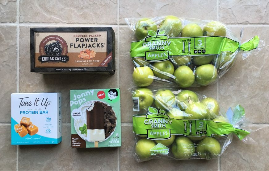Mike's Discount Foods haul apples, Jonny Pops, Klondike Cakes Flapjacks, protein bars