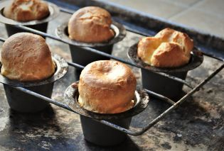 Popovers in pan
